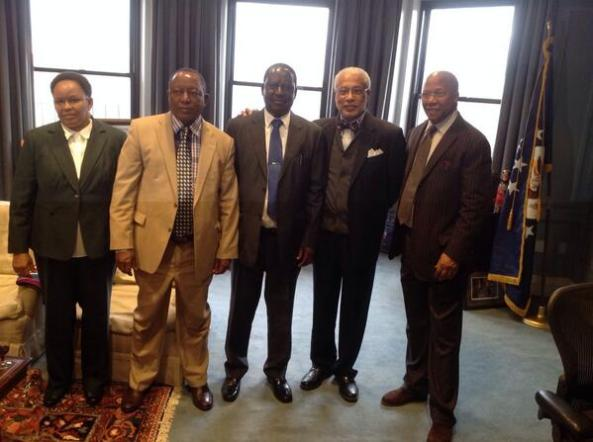 Hon Sumaye, Hon Odinga in Boston, together with Tanzanian US Embassy officials, flanked by Ambassador Charles Stith, Director of the African Presidential Centre at Boston University